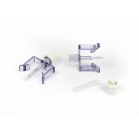 Large vial adapter, female luer slip outlet, locking flanges for vials with 3/4 inch (20mm) tops, 50 Adaptors per box / CS